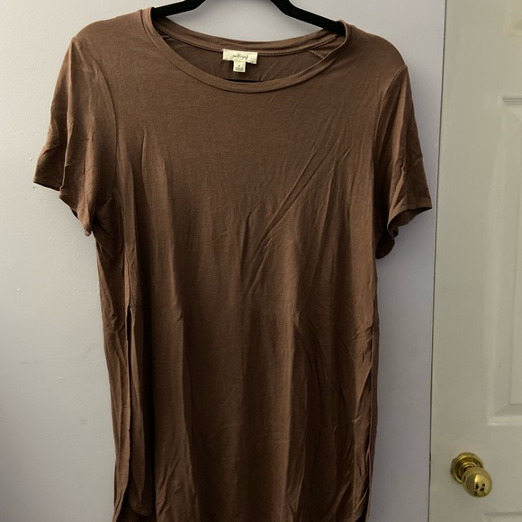 X-long Wilfred Aritzia Cotton Tee w High Slits M